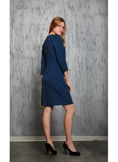 JEANNE D'ARC Truvakar Kol Ceplerinde Zincir Detaylı Elbise  Lacivert
